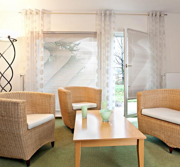jalousien berlin dekofactory. Black Bedroom Furniture Sets. Home Design Ideas