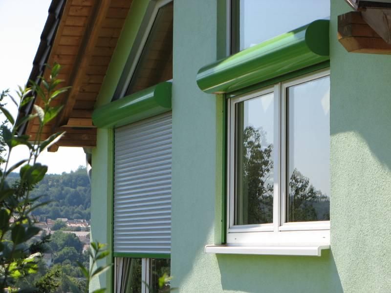 terrasse balkon mit markisen dekofactory. Black Bedroom Furniture Sets. Home Design Ideas