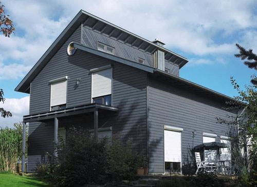 Terrasse Balkon Mit Markisen Dekofactory