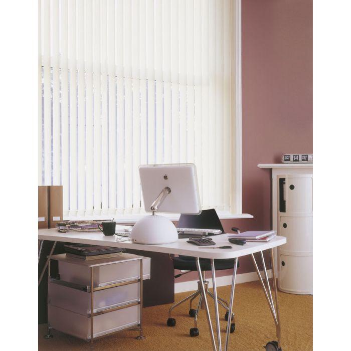 Mass Vertikallamellen im Arbeitzimmer von Dekofactory