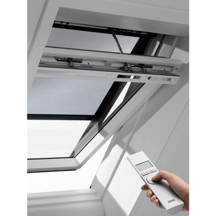 Elektrische Hitzeschutzmarkise gegen starke Sonneneinstrahlung
