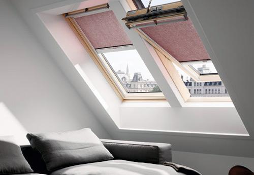 Dekofactory Düsseldorf: Wir bauen auch an schrägen Stellen, gerade Fenster.